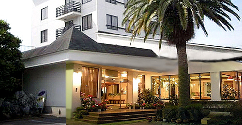 会場は九十九里海岸に近い「ホテル カワナパリ」で